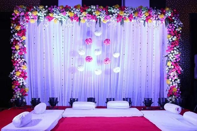 15 modern hall decoration ideas for