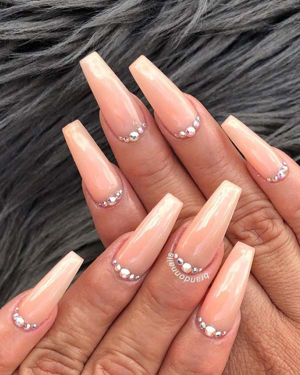 Classic Pearl Nail Art Designs in 2018