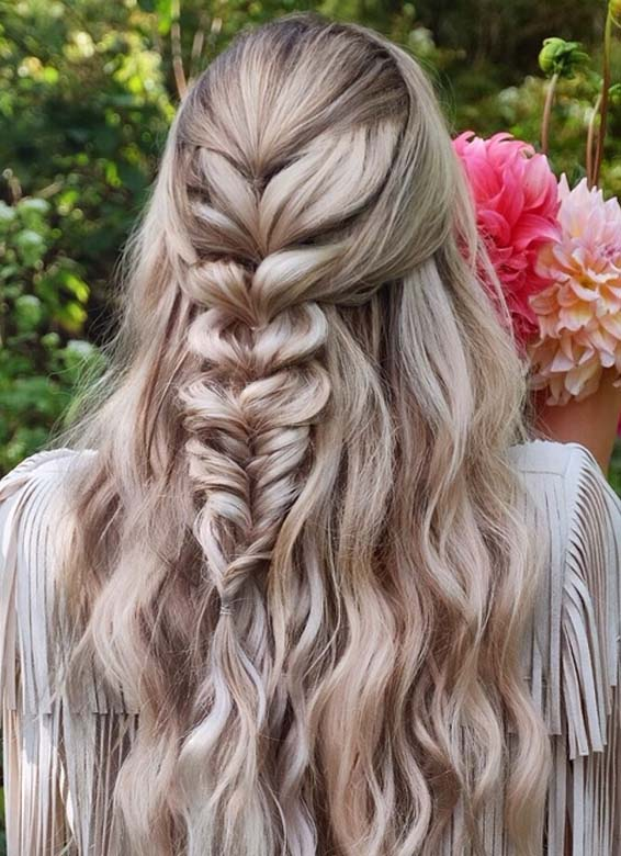 Romantic Bridal & Wedding Hairstyles for 2018