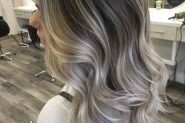 Mind Blowing Ash Blonde Highlights & Styles for 2018