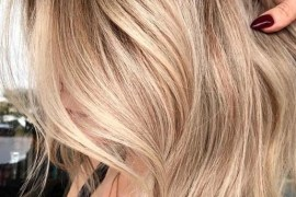 Perfect Honey Blond Hair Colors With Dark Roots in 2018