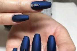 Royal Blue Nail Arts & Nail Polish Ideas for 2018