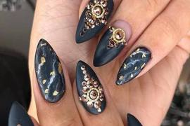Stylish Black Nail Design & Styles for Every Festival