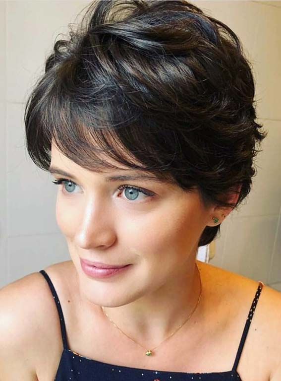 Trendy Short Haircuts for Women 2018