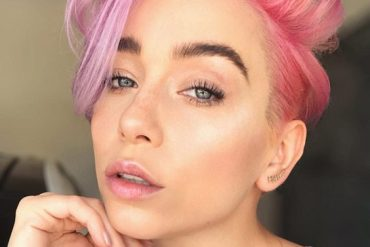 Charming Pink Short Haircuts Style To Create In 2018-2019