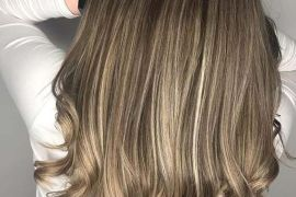 Balayage Highlighted Curls to Try in 2019