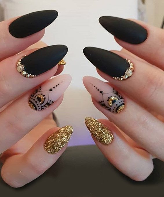 Unique Nails Art Style You can Easily wear In 2019