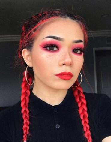 Stunning Braid Hairstyle & Makeup Look for 2019