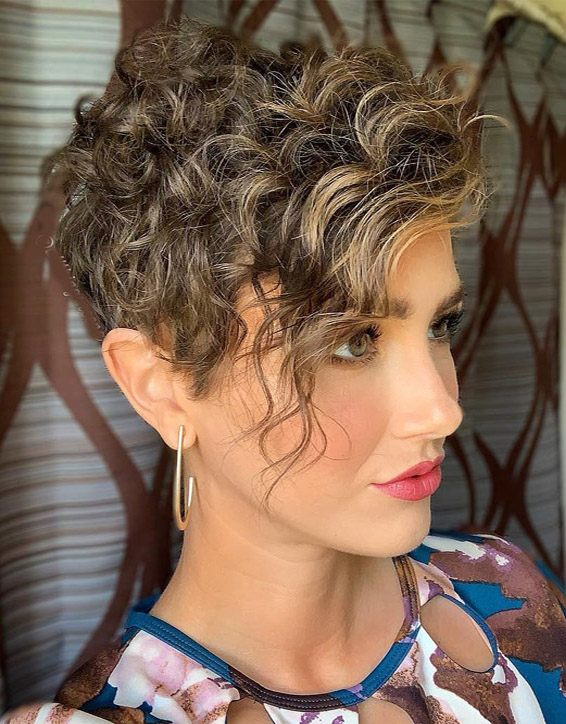 Most Beautiful Short Curly Hair Ideas for 2019