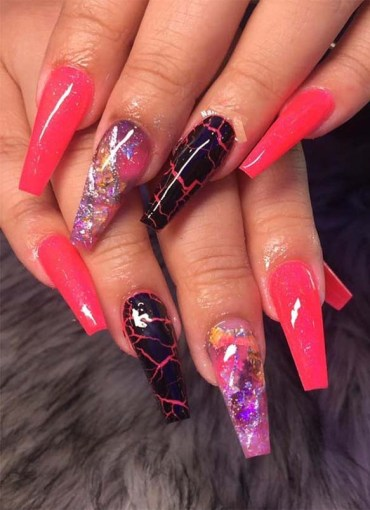Awesome Acrylic Nail Arts and Images to Wear in 2019