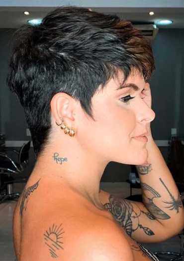 Hottest Edgy Short Pixie Haircuts for Women 2019