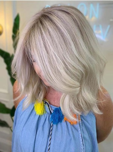 Cutest Blonde Shades for Medium Looks for Women 2019
