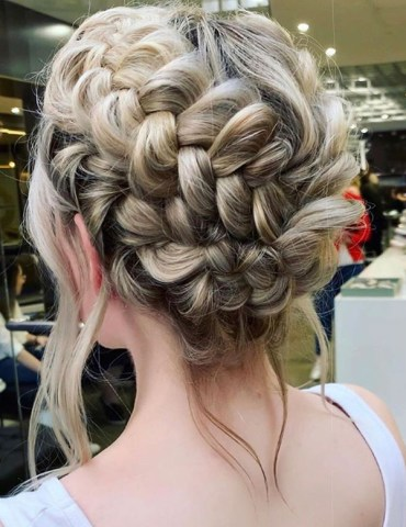 Braided Updos for Long Locks to Follow in 2019