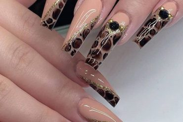Gorgeous Nail Looks & Edgy Styles for 2020 Girls