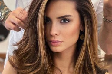 Gorgeous Medium Brown Hair Looks for Girls In 2020
