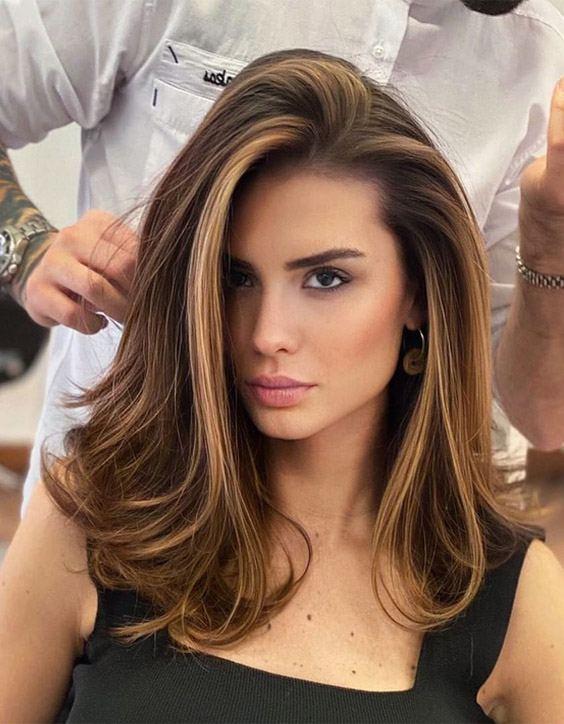 Gorgeous Medium Brown Hair Looks for Girls In 2020
