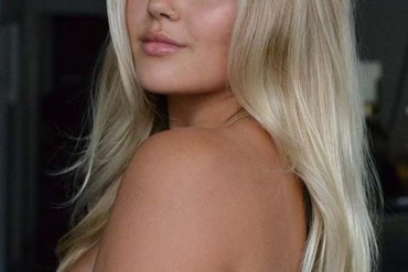 Perfect Blow Out Long Blonde Hairstyles for Women 2020