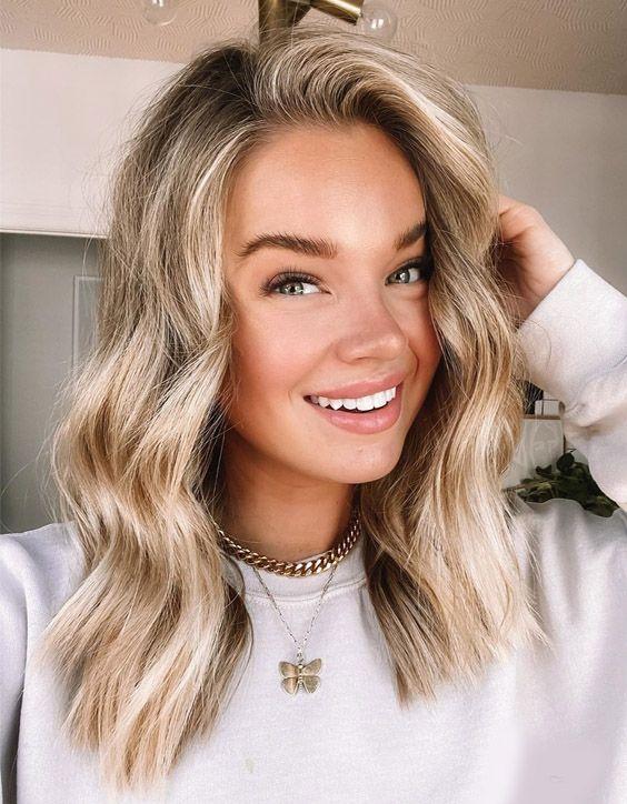 Fabulous Look of Blonde Hair Color for Medium Hair