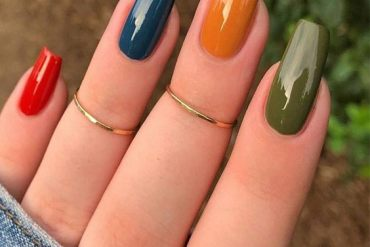 Unbelievable Colorful Nails Style to Copy Right Now
