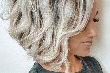 Amazing Short Textured Haircuts for Women