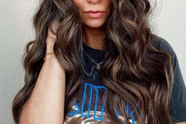 Effortless beachy Long Hairstyles and Color Ideas