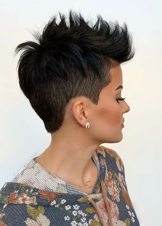 Eye Catching Pixie Cuts for Short Hair