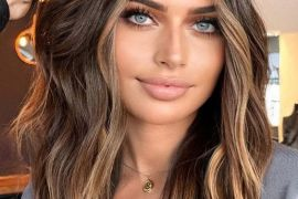 Unique Blonde Highlights & Hair Trends for 2021