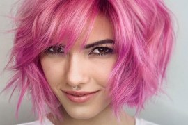 Fresh Look of Short Hair with Pink Highlights In 2021