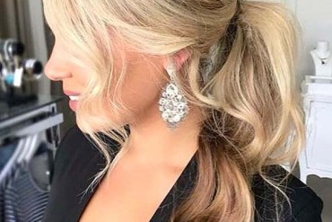 Beautiful Ponytail Hair Styles for Ladies to Sport