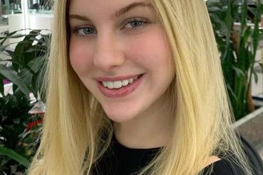 Latest Sleek Straight Blonde Hair Styles