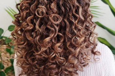 Modern Style of Culry Hair for All Girls