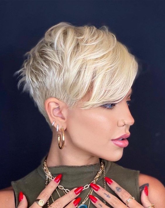 Romantic Hair and Beauty Look