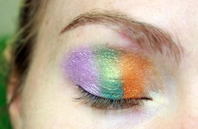 Schritt drei: Drei Farben auf Ober- und Unterlid