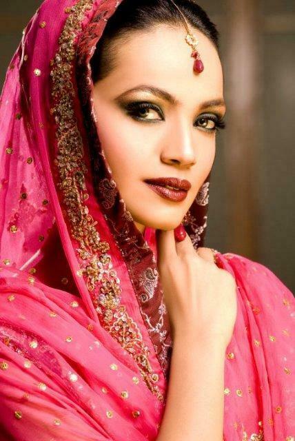 Amina Sheikh Bridal Makeover Shoot Of Huma Ali
