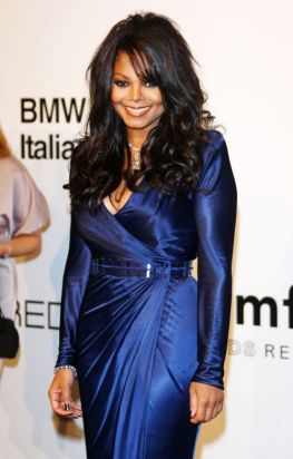 MILAN, ITALY - SEPTEMBER 28: Janet Jackson attends amfAR Milano 2009 red carpet, the Inaugural Milan Fashion Week event at La Permanente on September 28, 2009 in Milan, Italy. (Photo by Vittorio Zunino Celotto/Getty Images)