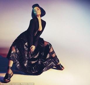 Nicki-Minaj-Roberto-Cavalli-Style-Stamped-2