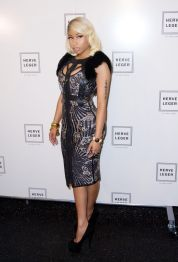 nicki-minaj-at-herve-leger-by-max-azria-fashion-show-in-new-york_6