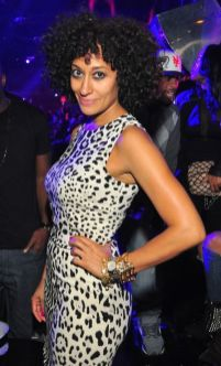 tracee-ellis-ross-street-style-stamped-2