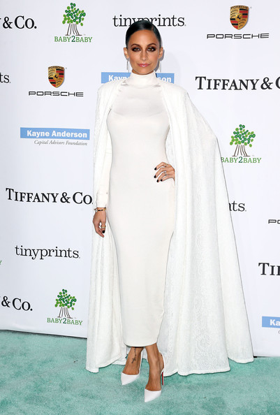 Nicole Richie at the 2014 Baby2Baby Gala in H&M Dress and Tadashi Shoji Cape