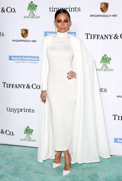 Nicole Richie at the 2014 Baby2Baby Gala in H&M Dress and Tadashi Shoji Cape