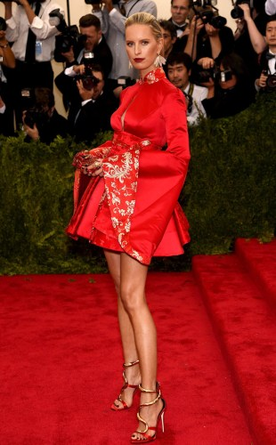 Karolina Kurkova in Tommy Hilfiger Photo: Getty