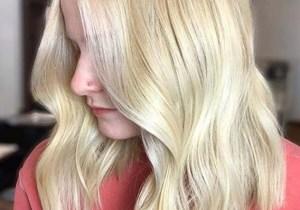 Medium Blonde Haircuts for Women