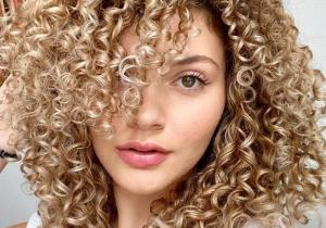 Gorgeous & Best Haircuts for Curly Hair In 2020