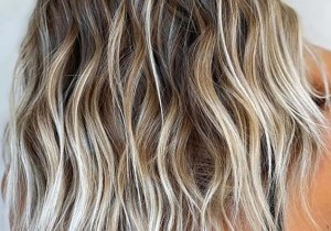 Charming Beachy Hair Look with Blonde Highlights for 2020