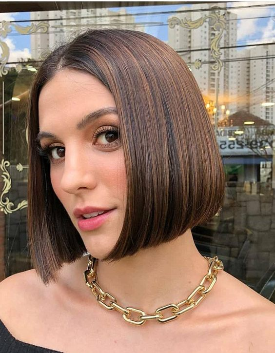 Delightful Style of Medium Hair to Copy In 2020