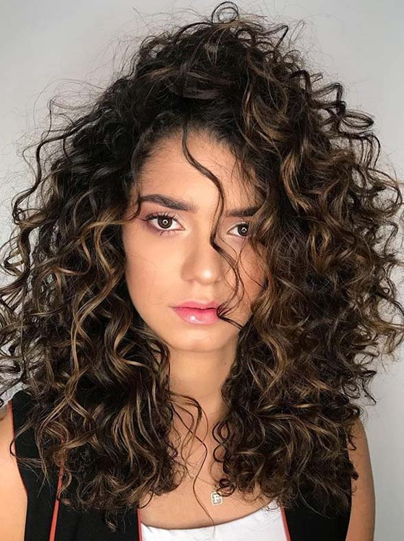 Fashionable Curly Hairstyles for Long Hair in Year 2020