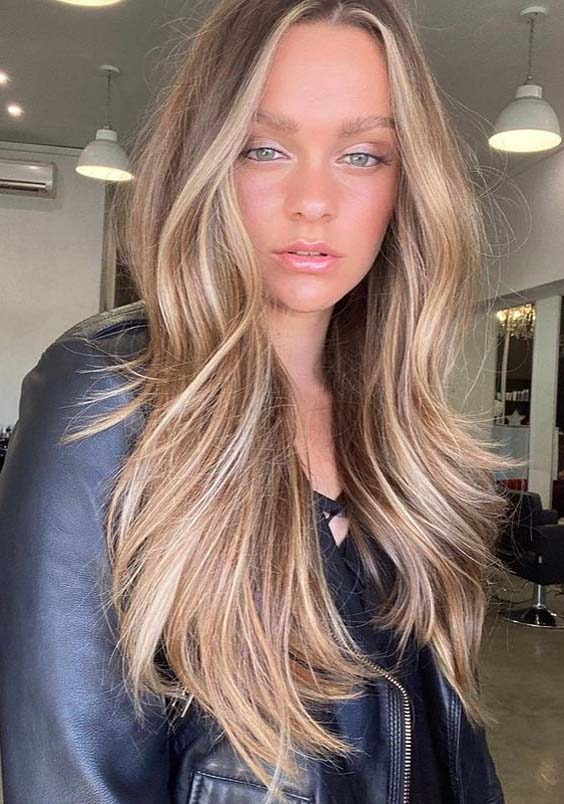 Healthy long bronde balayage Hair Styles for Ladies in 2020