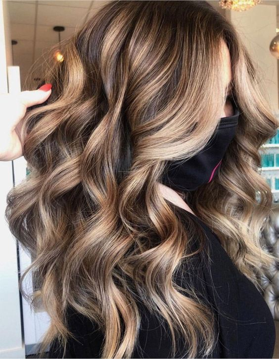 Fantastic & Cool Balayage Hair Color for the year of 2021