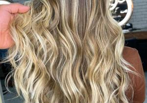 Fresh look of Long Hair Color that will rock in 2021