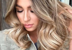 Elegant Bronde Hair Color Shades for Women